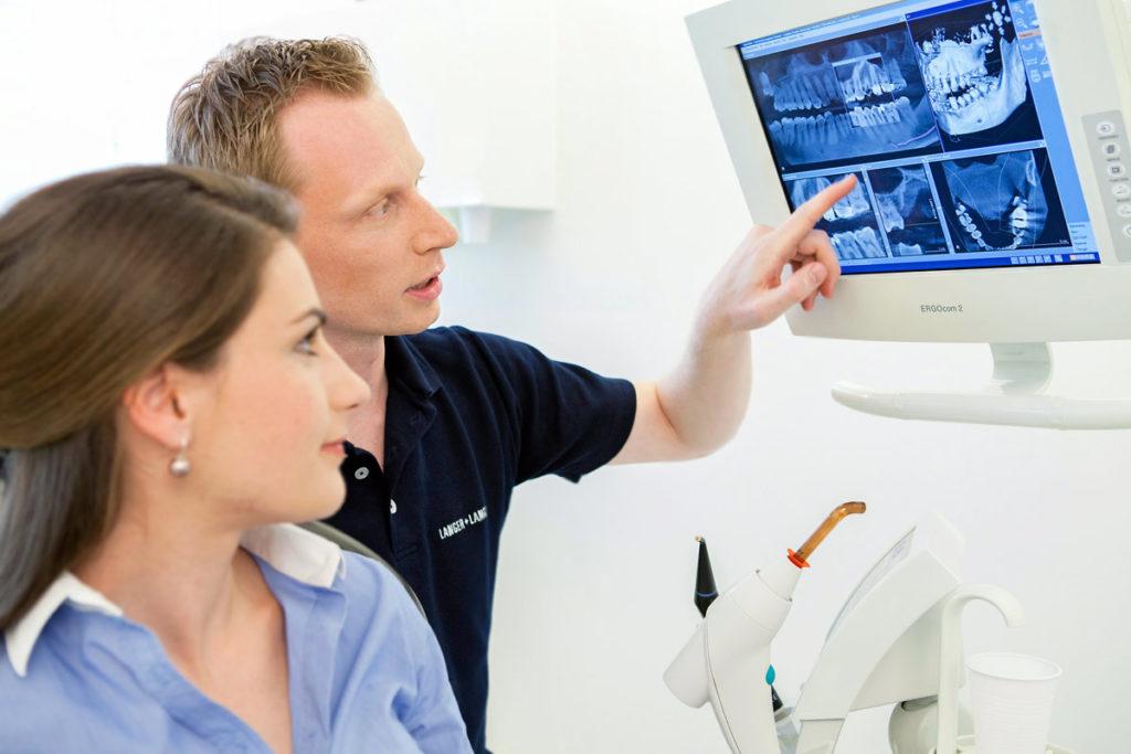Beratung und persönliches Arztgespräch in Bayenthal