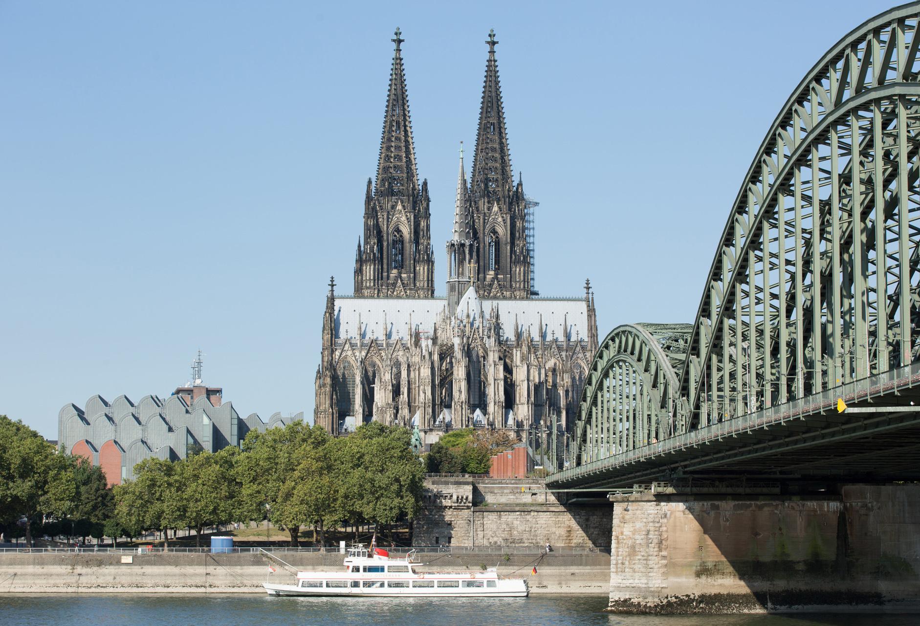 Leichte Überbelichtung, Digital Test Foto Nr3. Am Rhein 2016