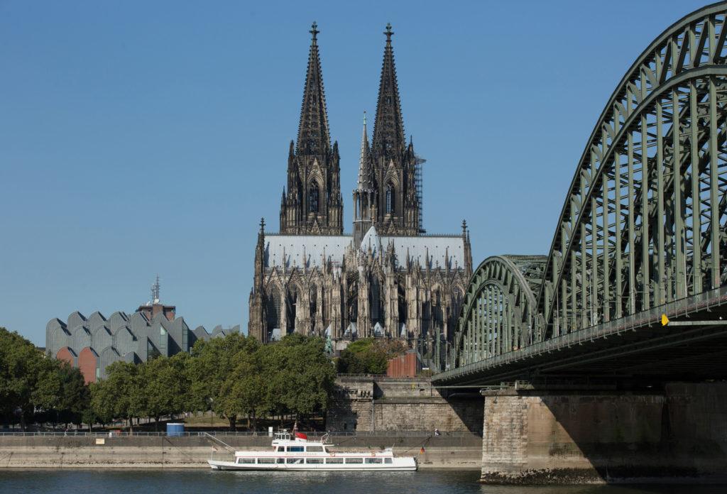 Gute Belichtung eines Digitalfotos, Blick vom Kaiser Wilhelm Denkmal ho