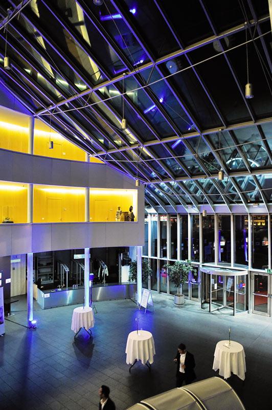 Eingang, Innenaufnahme des Foyers im Kölner Schokoladenmuseum